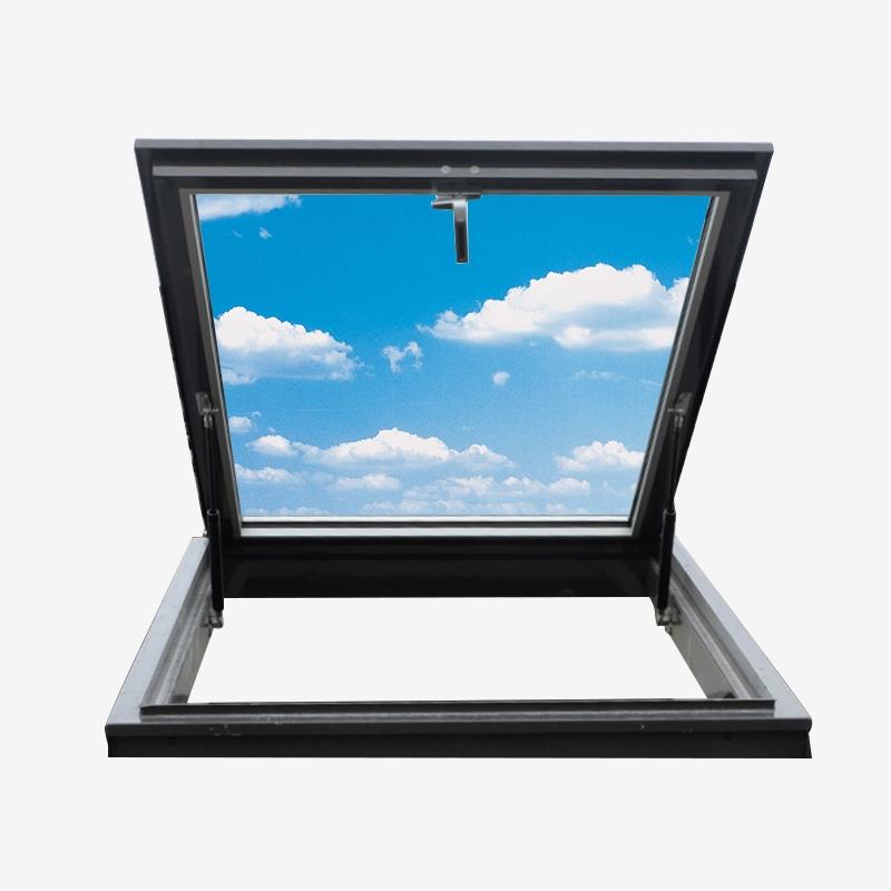 铝包木斜屋面外开上悬窗